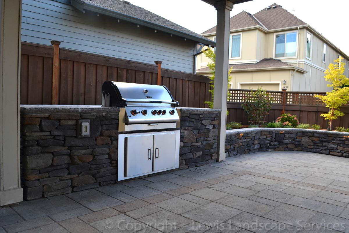 Outdoor Kitchen BBQ Portland Oregon
