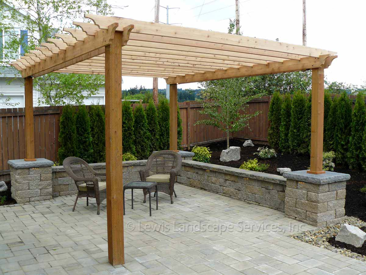 Outdoor Living Space Portland Oregon