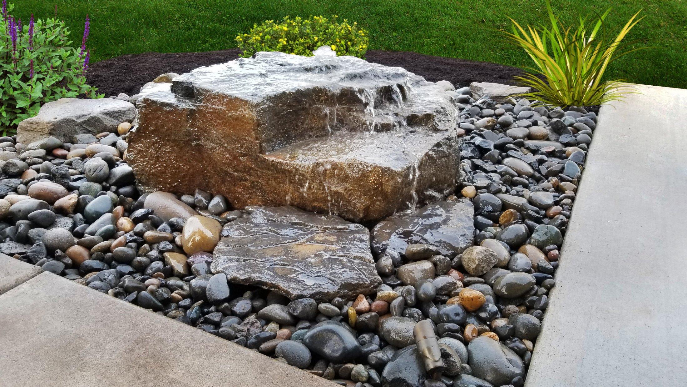 Large Boulder Bubbler Fountain