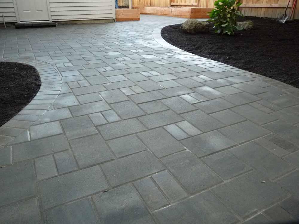 Blend Of Holland & City Stone Pavers by Keystone - Granite