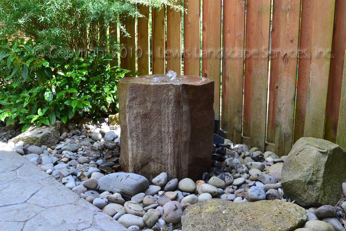 Bird Bath Rock Bubbler Fountain | Lewis Landscape Services