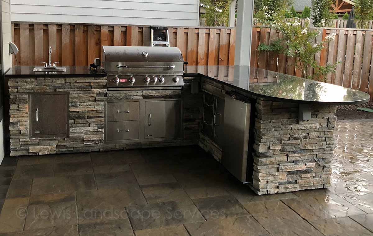 Granite Countertops, Fridge, BBQ Grill, Sink, Doors & Drawers