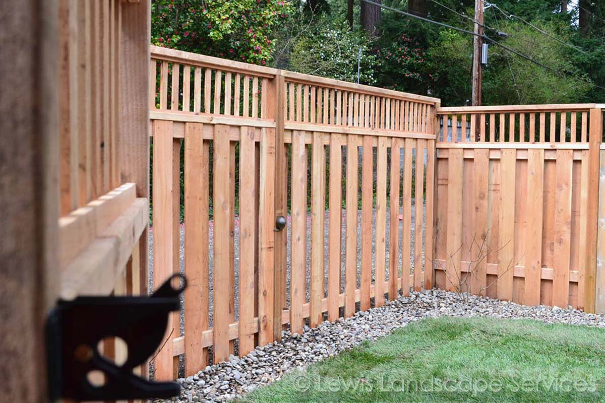 Lattice Top Good Neighbor Cedar Fence we installed in Lake Oswego - fence installers
