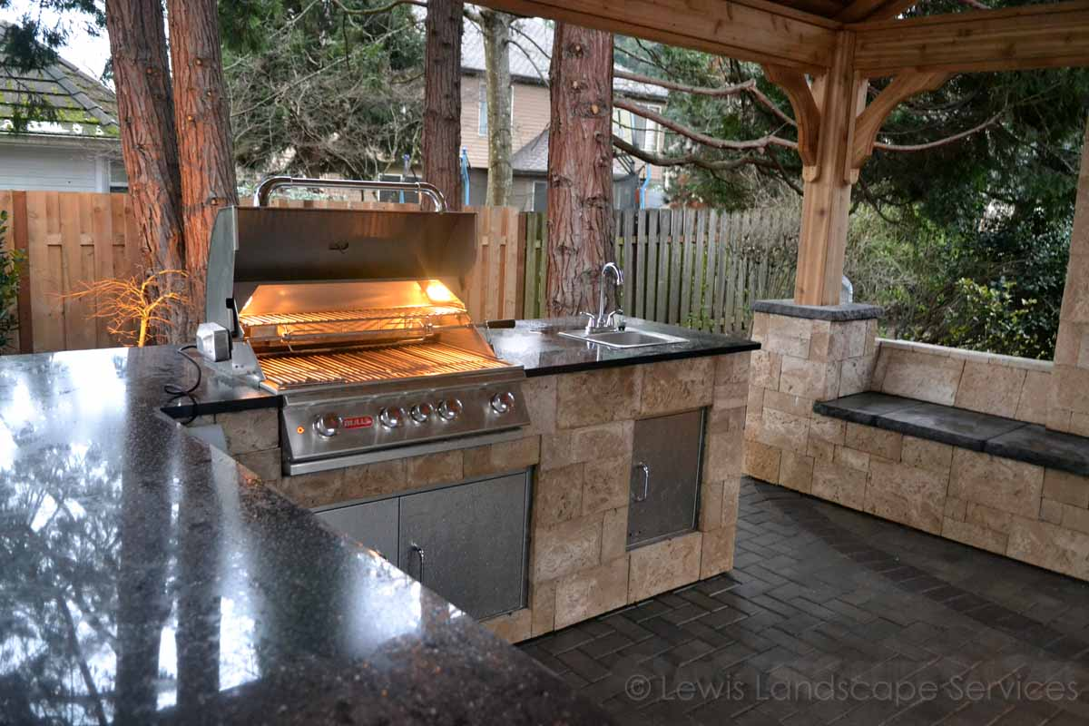 Outdoor Kitchen, Gas Grill