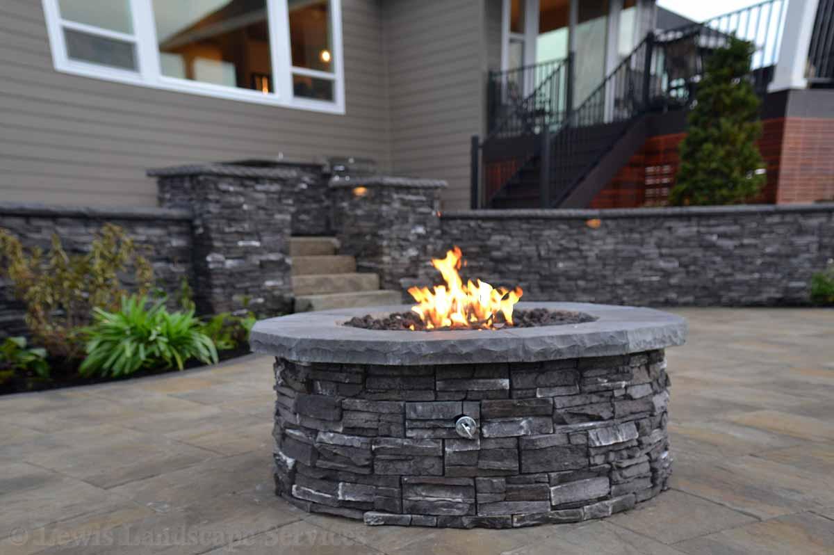 Gas Fire Pit w/ Stone Veneer