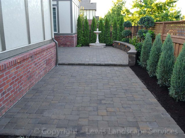 Artistic Blend of Pavers and Landscaping