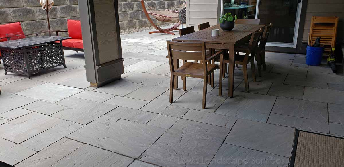 Natural Stone Patio In Beaverton