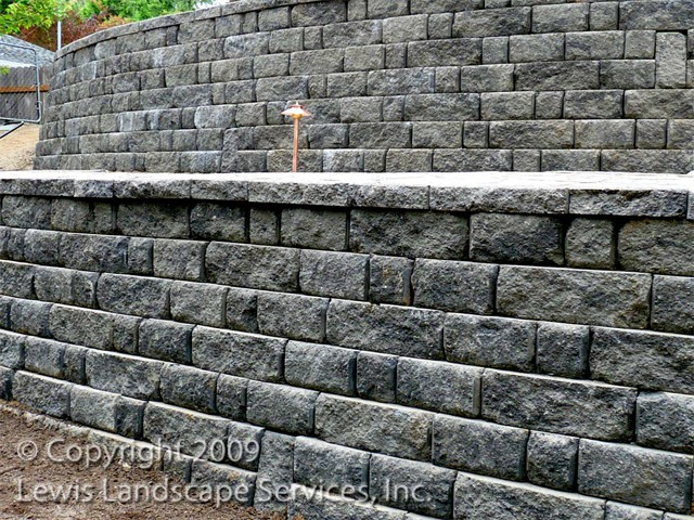 Terraced Segmental Retaining Wall