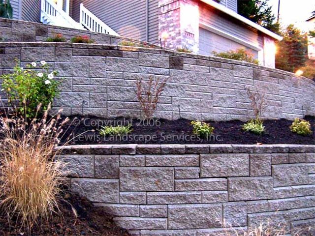 Terraced Segmental Retaining Wall