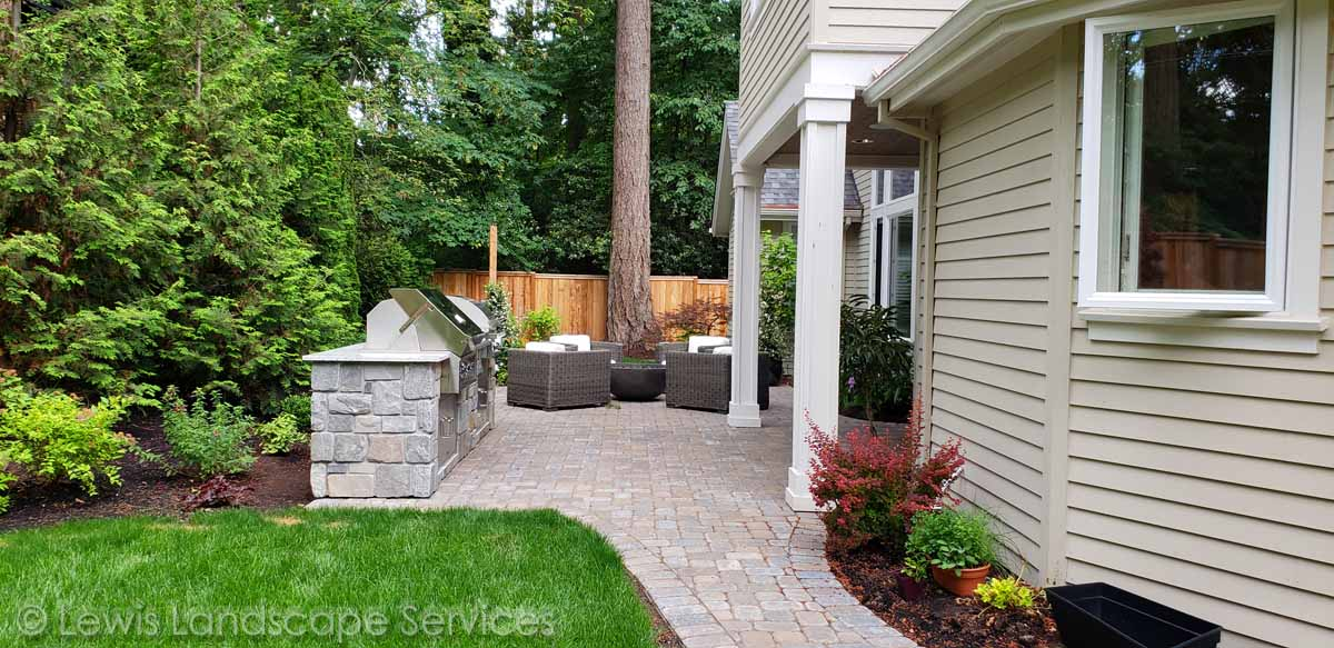 Back Yard Paver Patio, Outdoor Kitchen