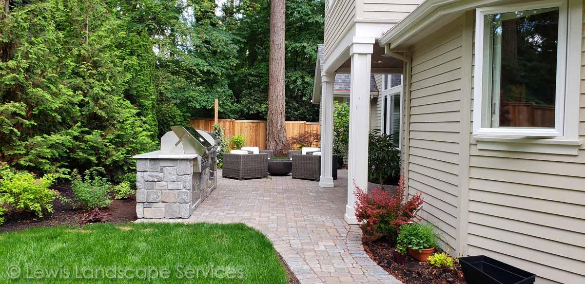 Back Yard Paver Patio Outdoor Kitchen Lewis Landscape Services