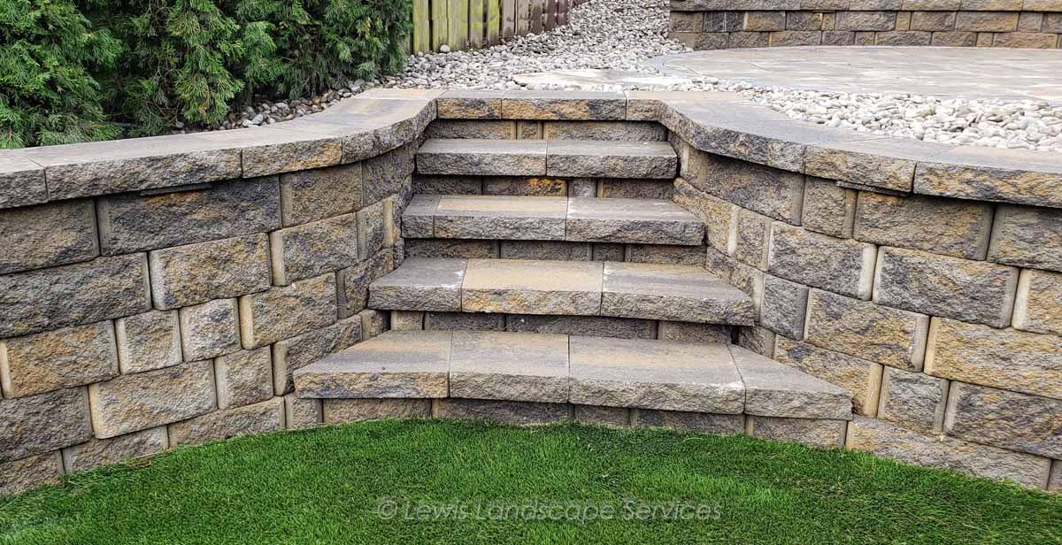 Steps within Segmental Retaining Wall