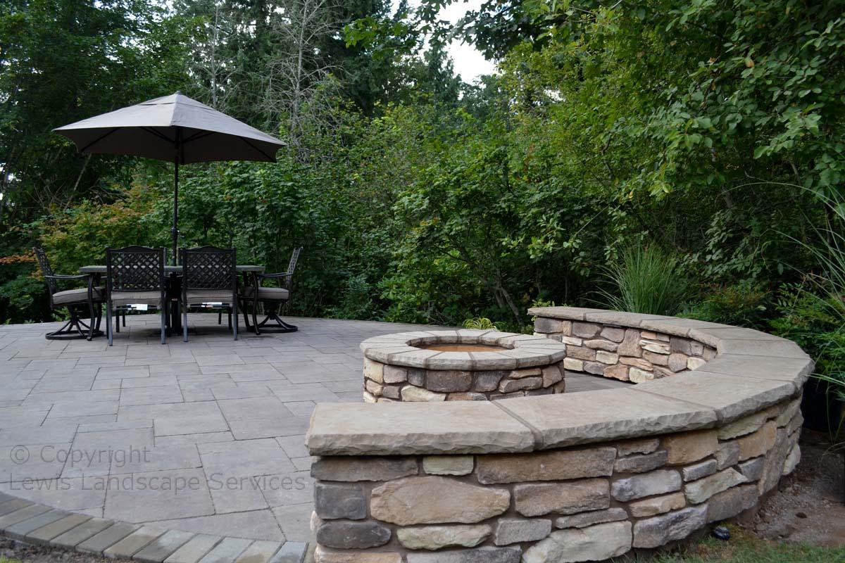 Stone Veneer Seat Wall