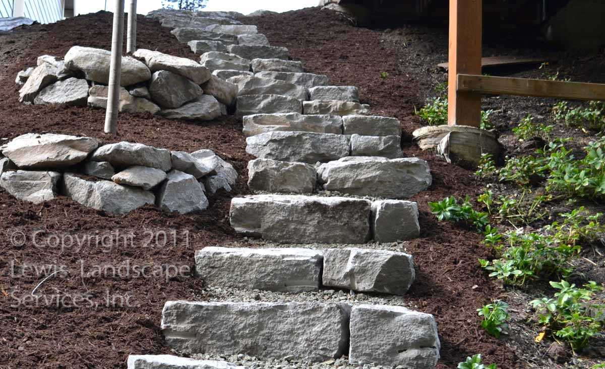 Basalt-rock-walls-steps-basalt-curb-stone-steps 000
