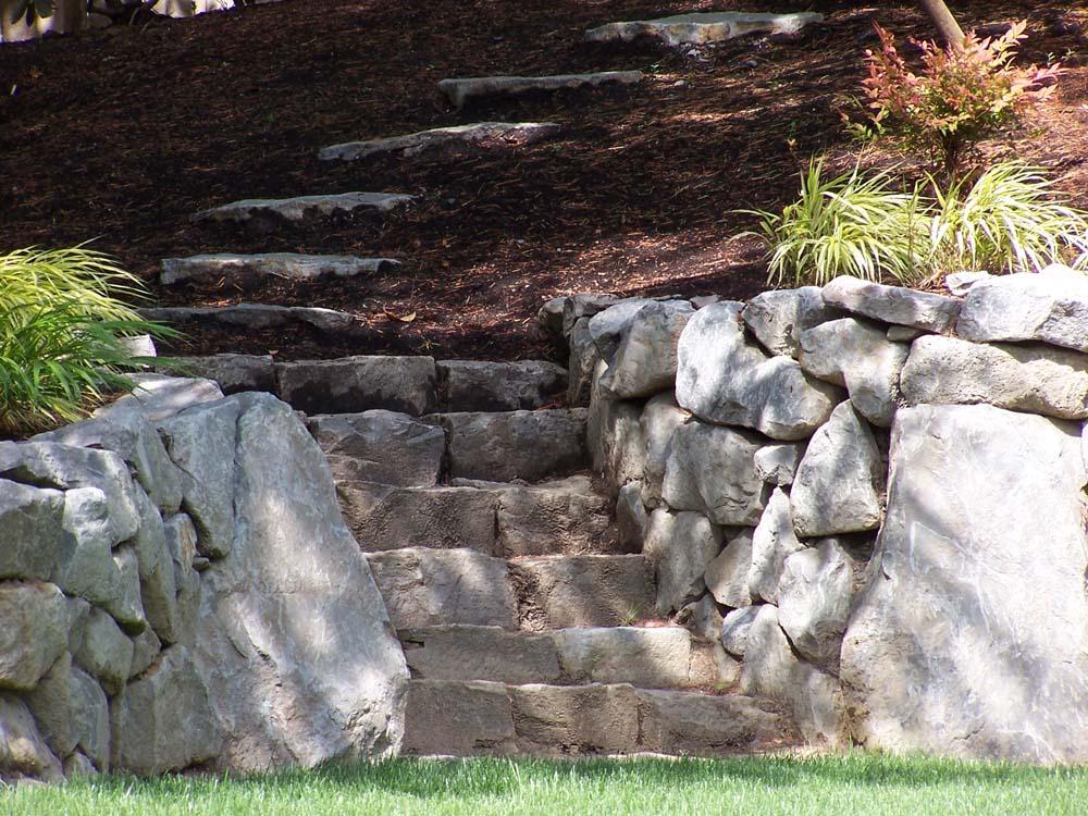 Basalt-rock-walls-steps-basalt-curb-stone-steps 007
