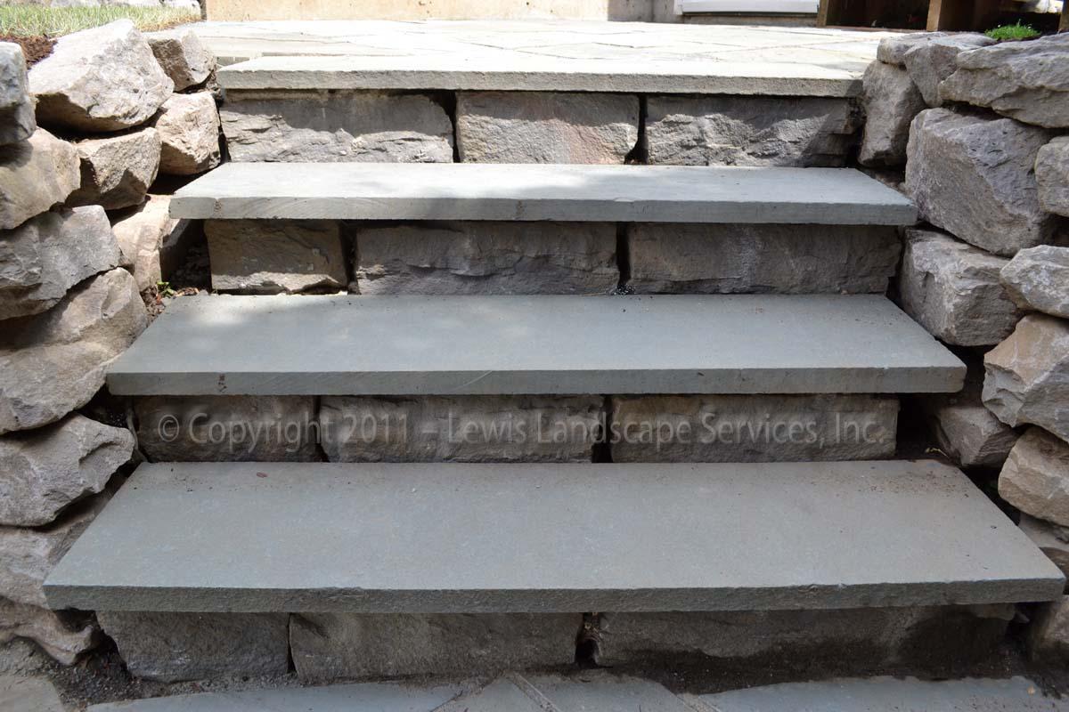 Basalt-rock-walls-steps-basalt-curb-stone-steps 008