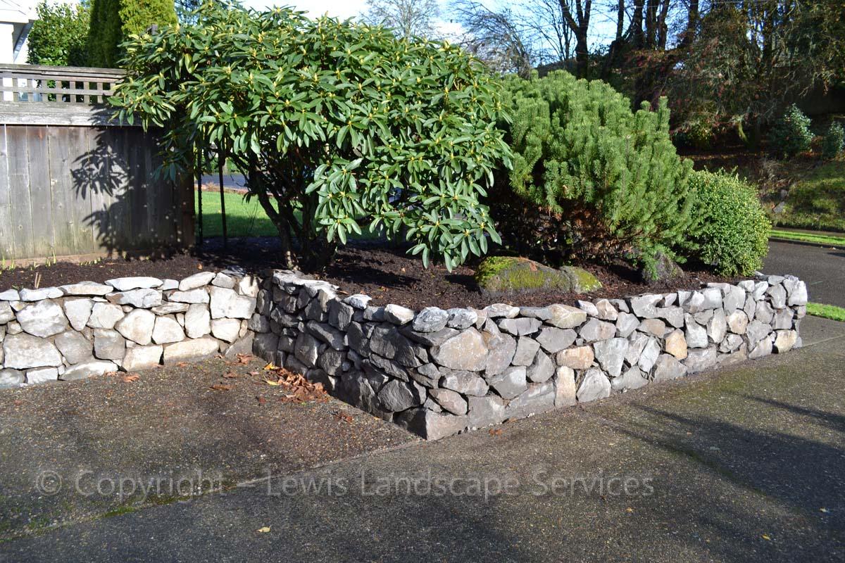 Basalt-rock-walls-steps-benton-project-winter-2011 002