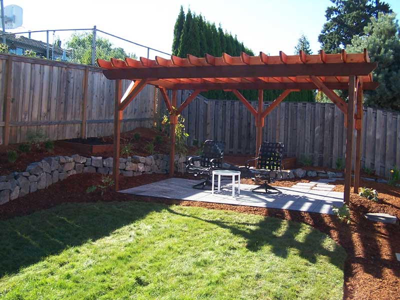 Before-after-construction-of-pergola 001