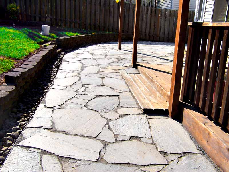 Before-after-large-flagstone-patio 001