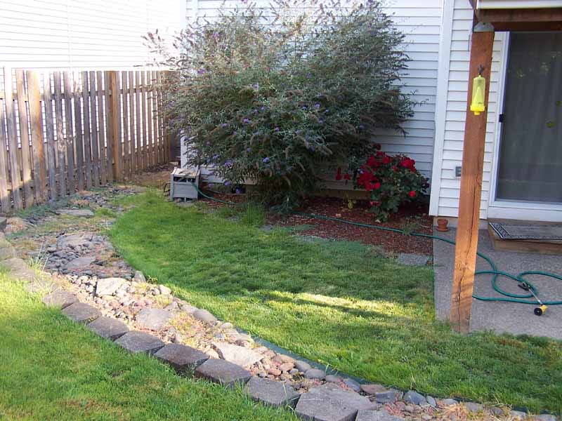 Before-after-large-flagstone-patio 006