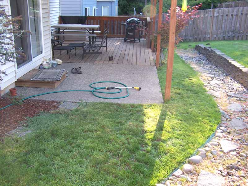 Before-after-large-flagstone-patio 010