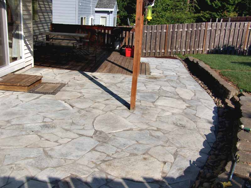 Before-after-large-flagstone-patio 011