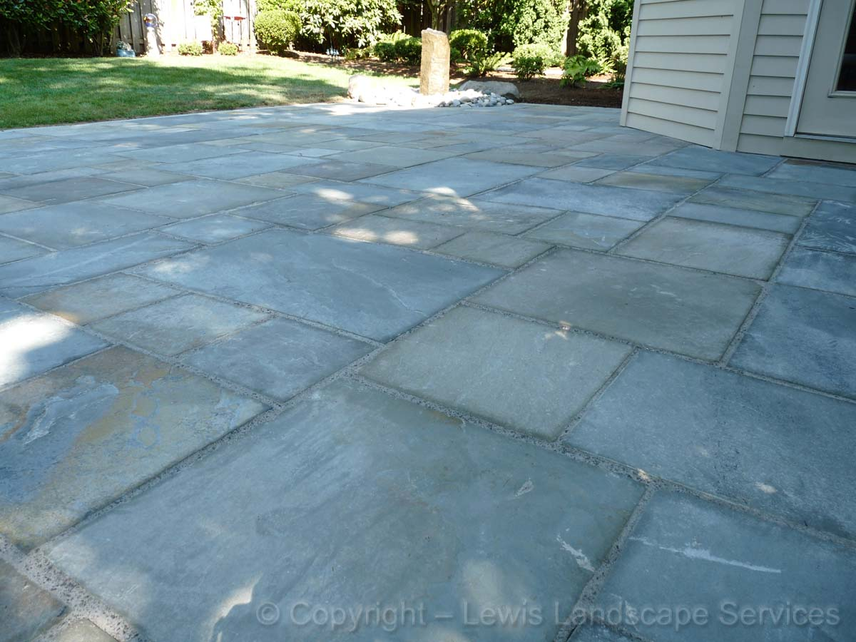 Bluestone-patios-and-walkways-ledbetter-project-summer-2010 001