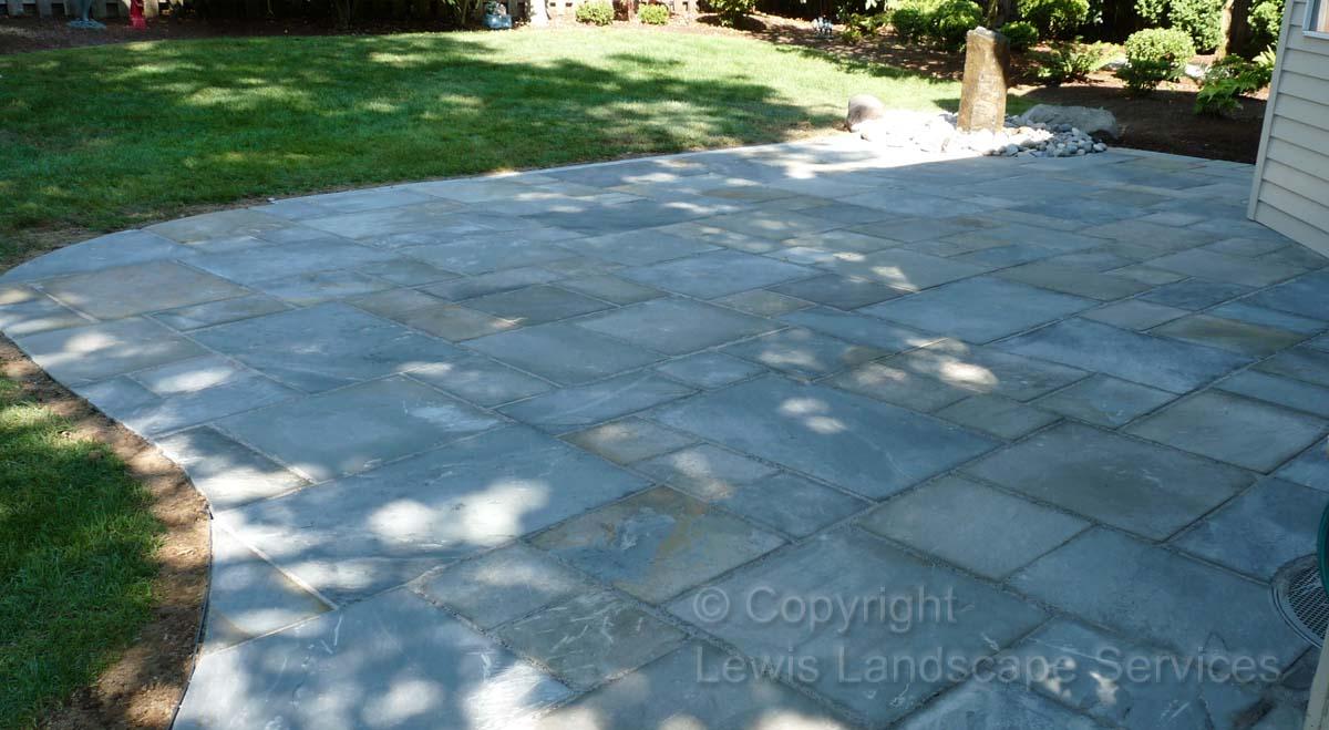 Bluestone-patios-and-walkways-ledbetter-project-summer-2010 003