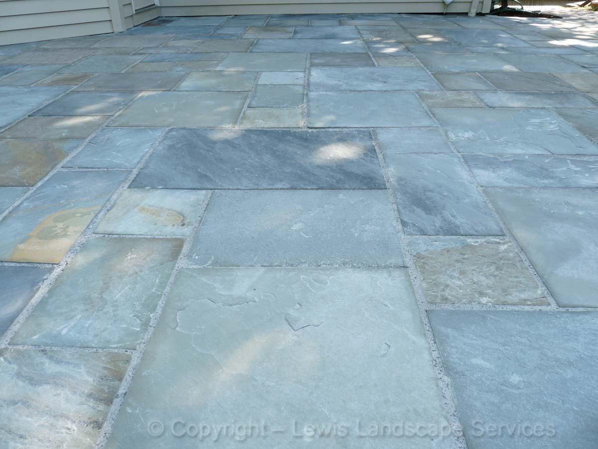 Bluestone-patios-and-walkways-ledbetter-project-summer-2010 007