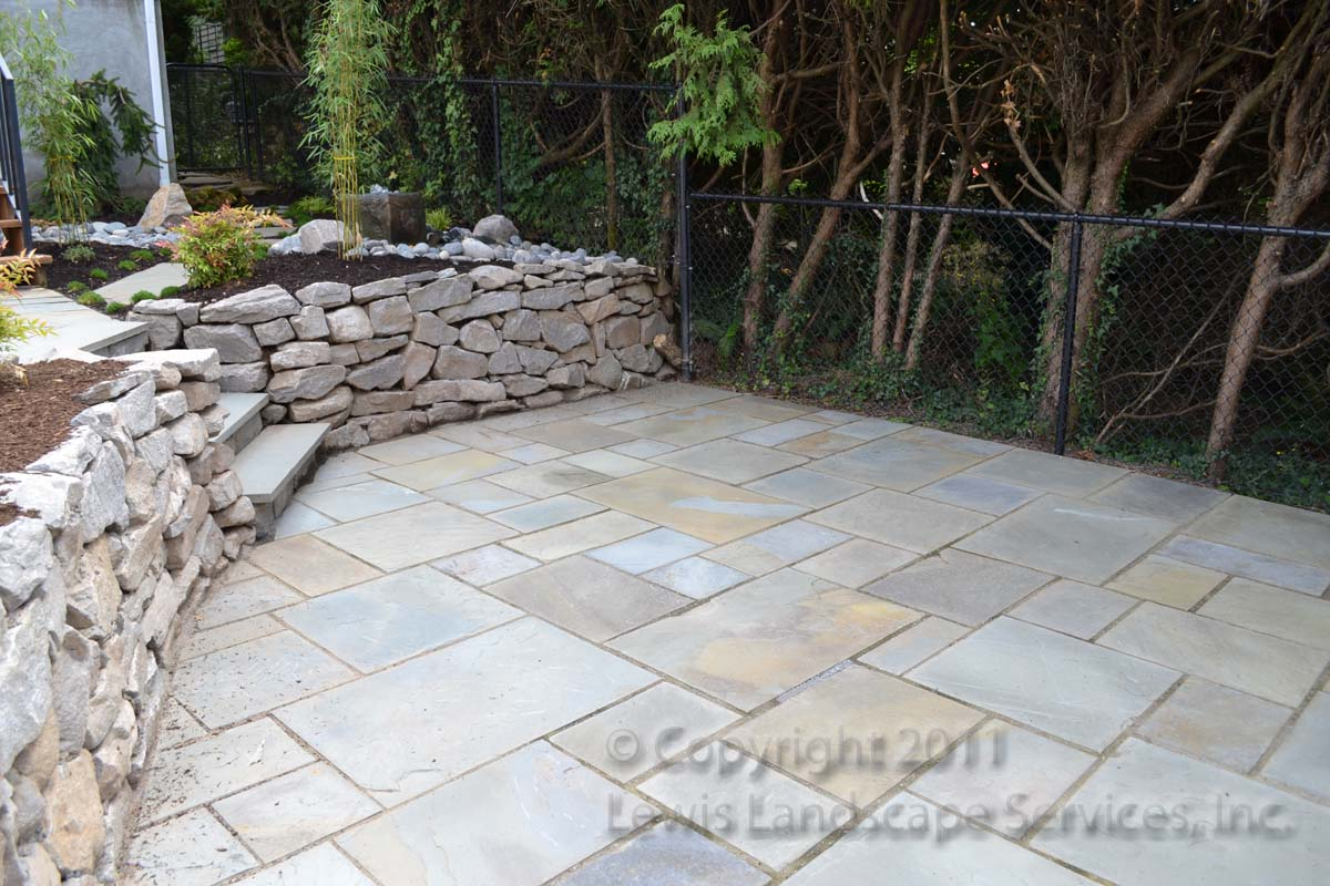 Bluestone-patios-and-walkways-palmer-project-fall-2010-dry-photos-8-months-later-aug-2011 002