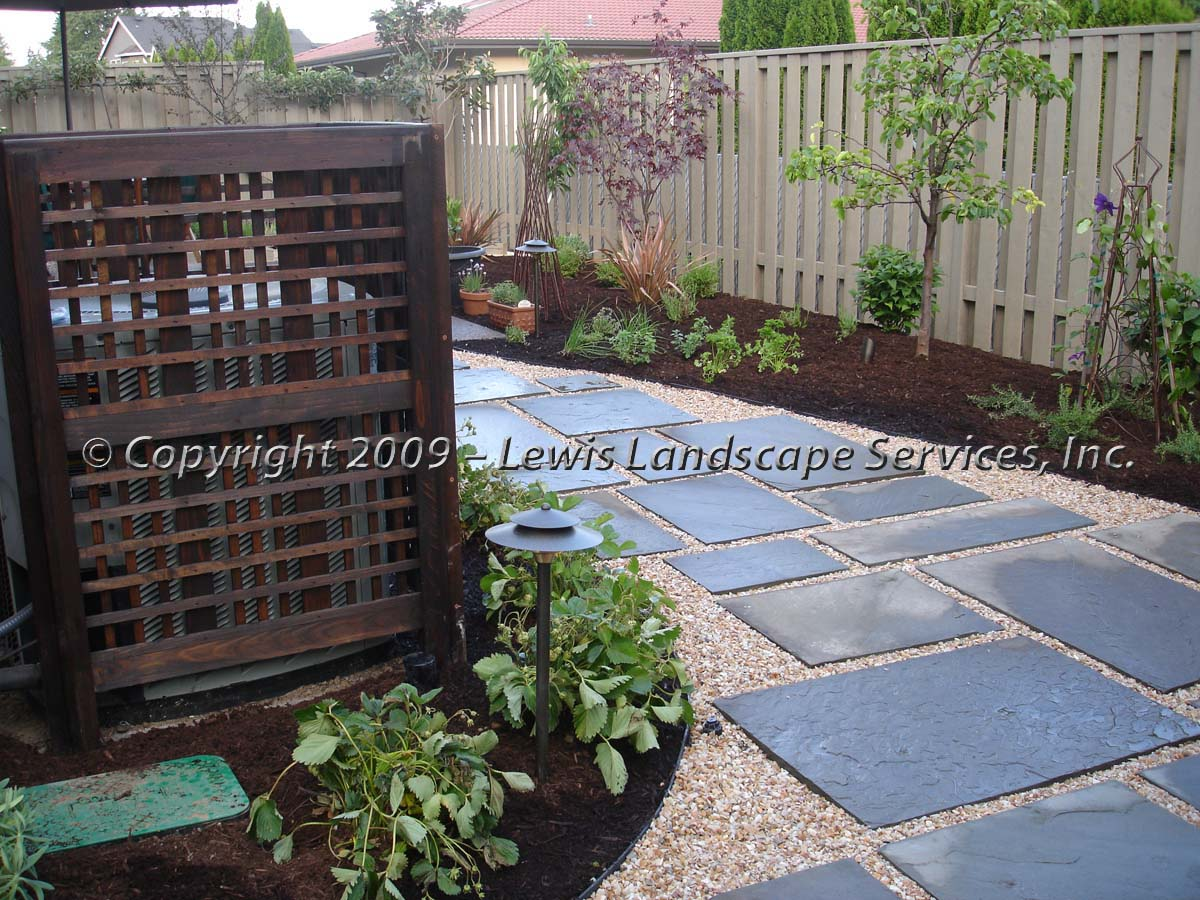 Bluestone-patios-and-walkways-ward-project-summer-2009 001