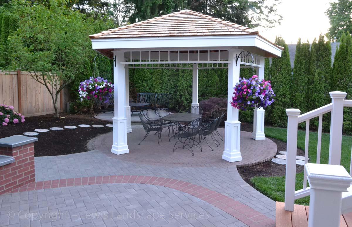 Decks-pergolas-gazebos-arbors-iron-fences-gates-covered-patios 012