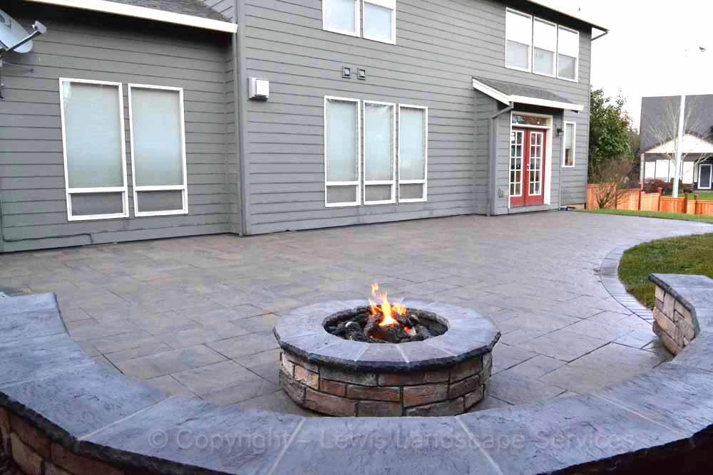 Round Gas Stone Fire Pit