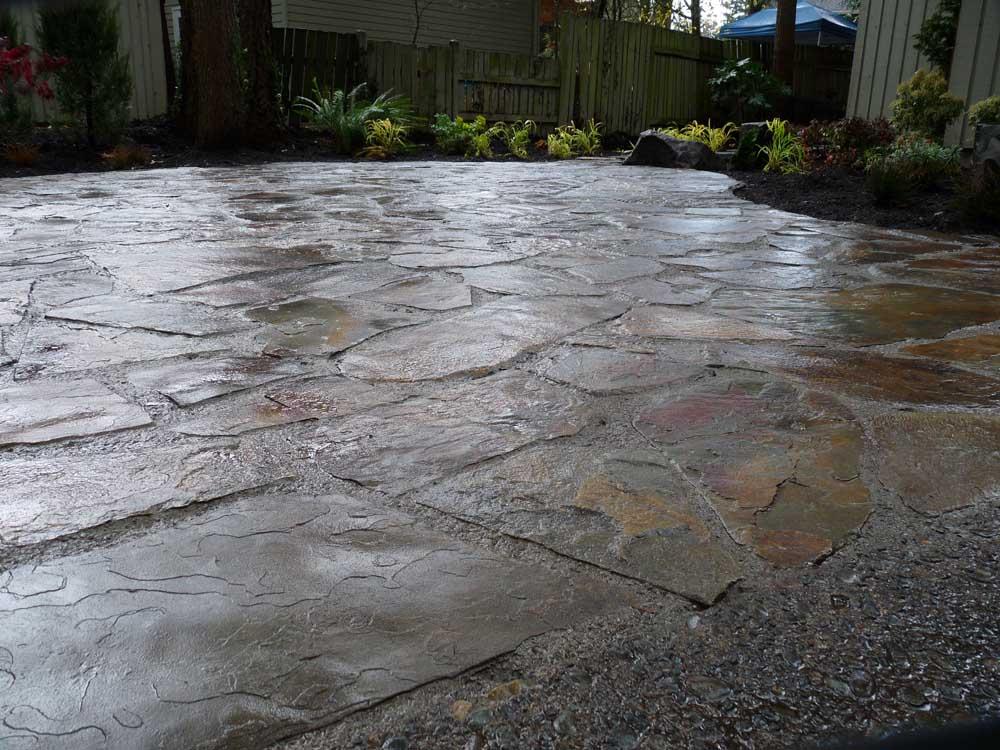 Flagstone-patios-and-walkways-arthur-project-fall-2009 000