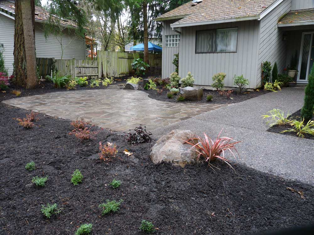 Flagstone-patios-and-walkways-arthur-project-fall-2009 002