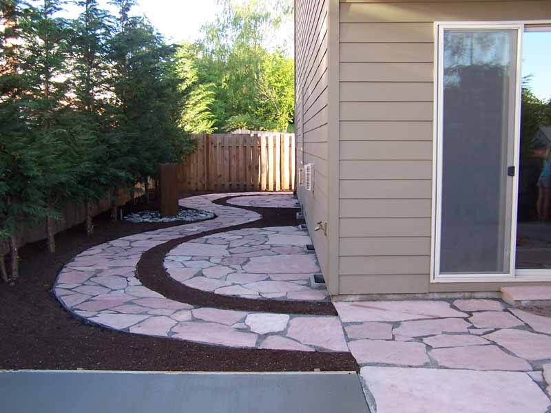 Flagstone-patios-and-walkways-colton-project-2007 001