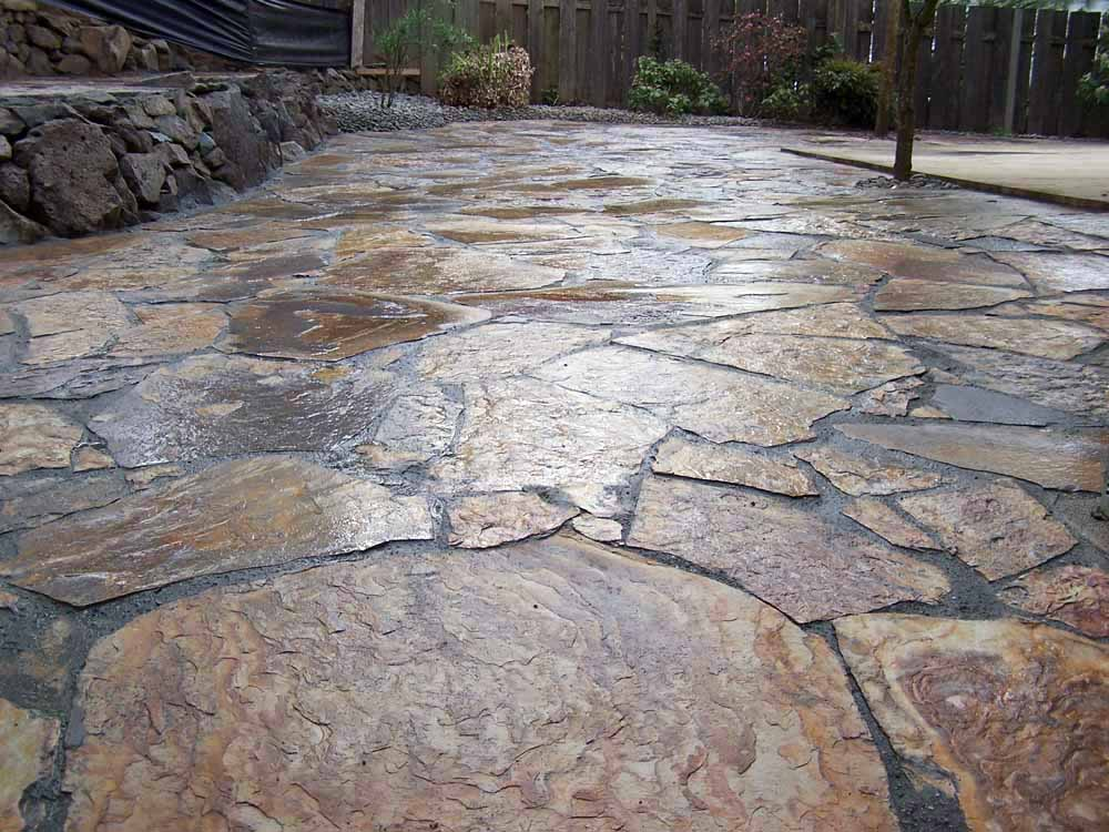 Flagstone-patios-and-walkways-giberson-project-2008 002