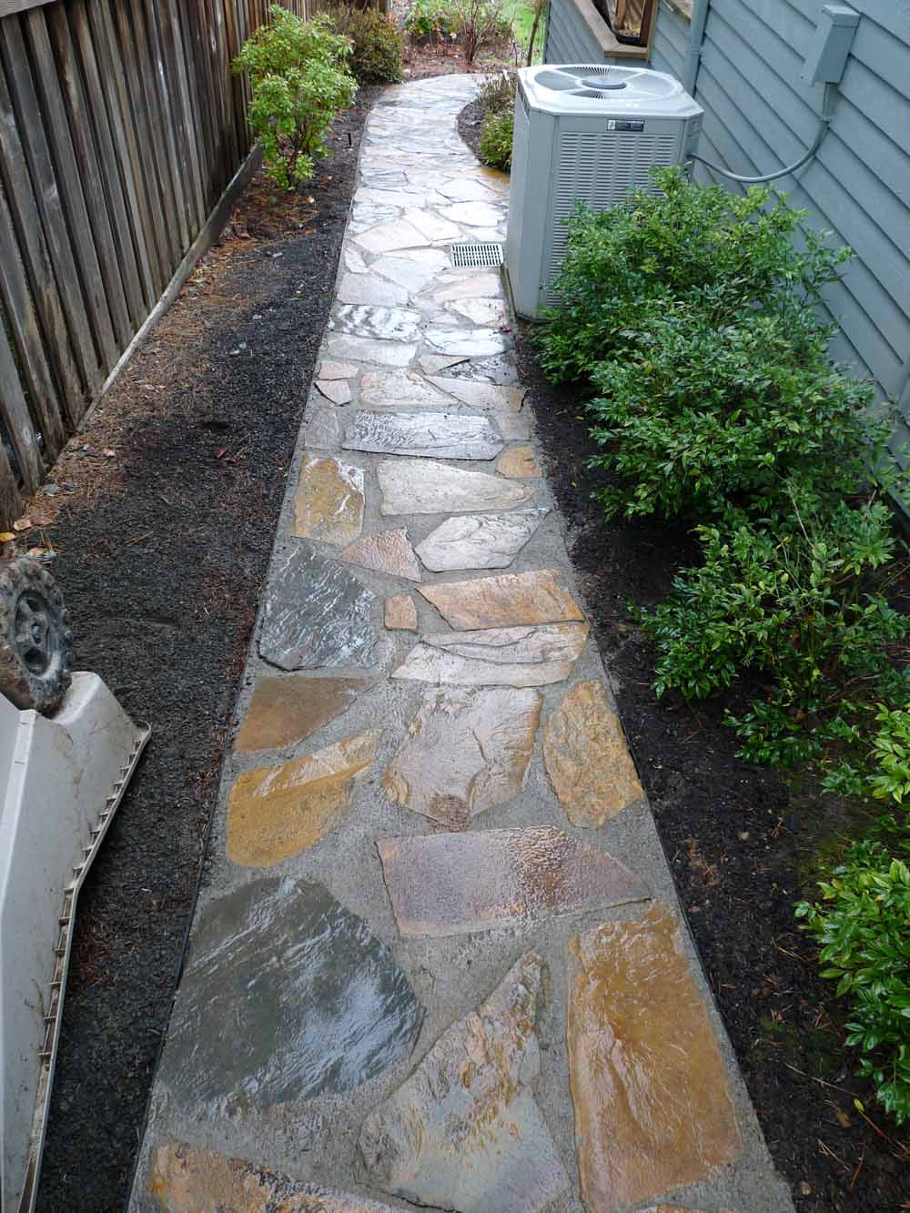 Flagstone-patios-and-walkways-olson-project-fall-2009 000