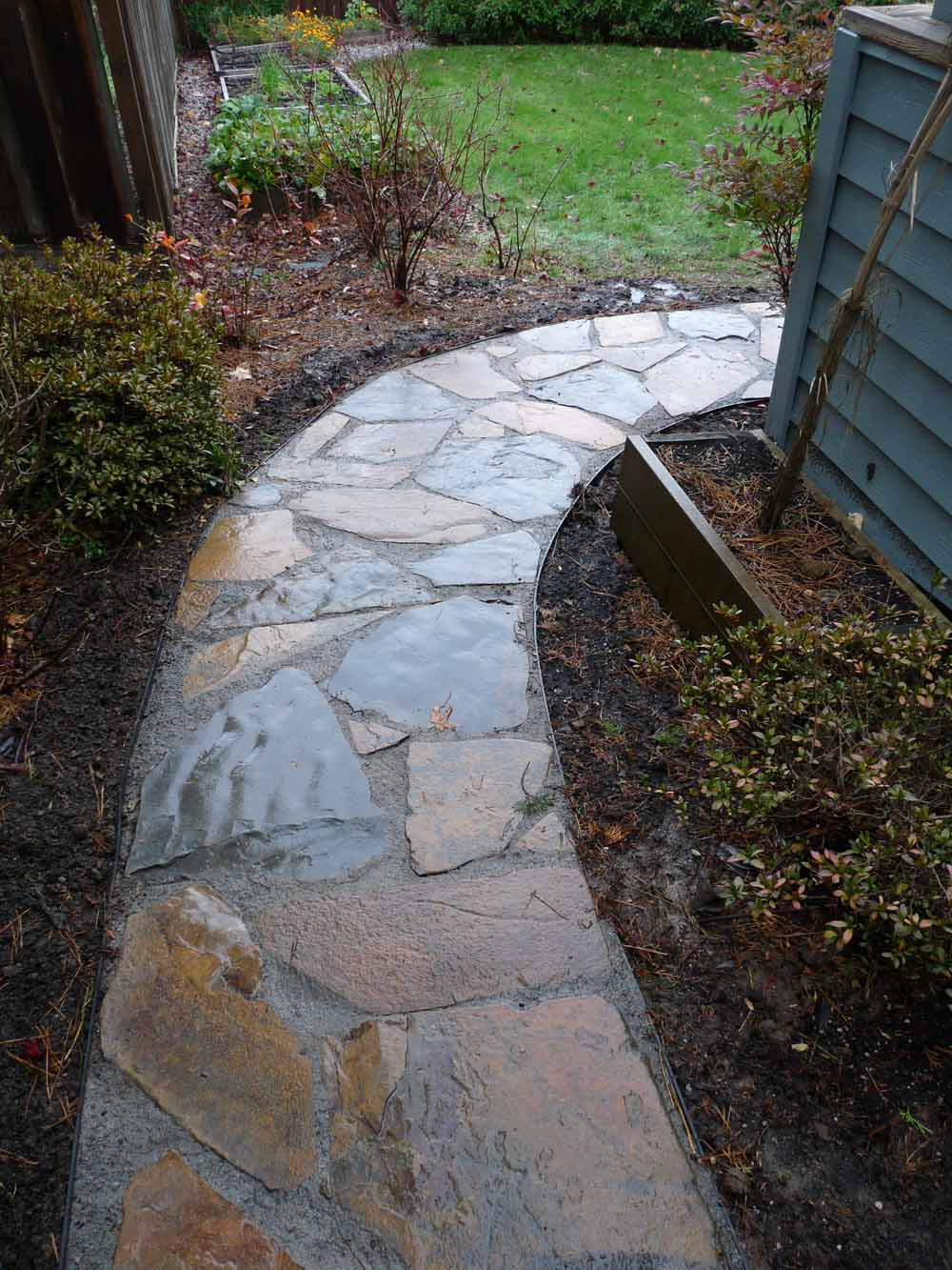 Flagstone-patios-and-walkways-olson-project-fall-2009 006