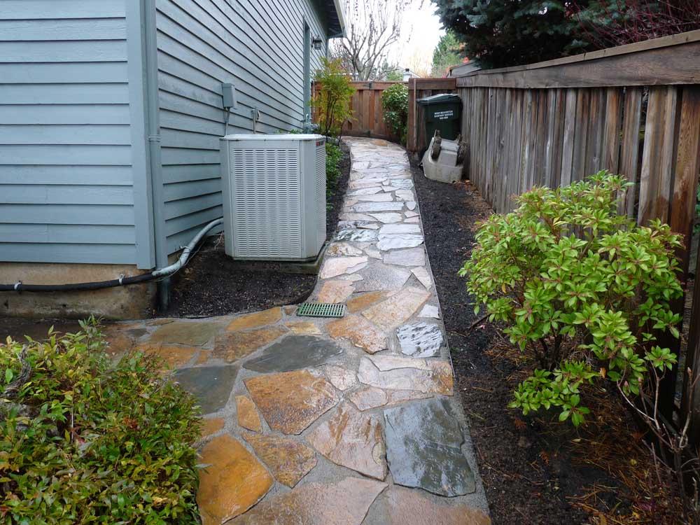 Flagstone-patios-and-walkways-olson-project-fall-2009 007