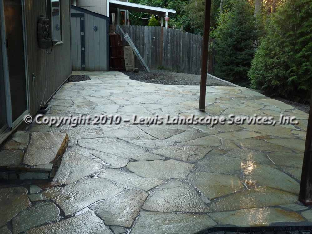 Flagstone-patios-and-walkways-r-lewis-project-summer-2010 002