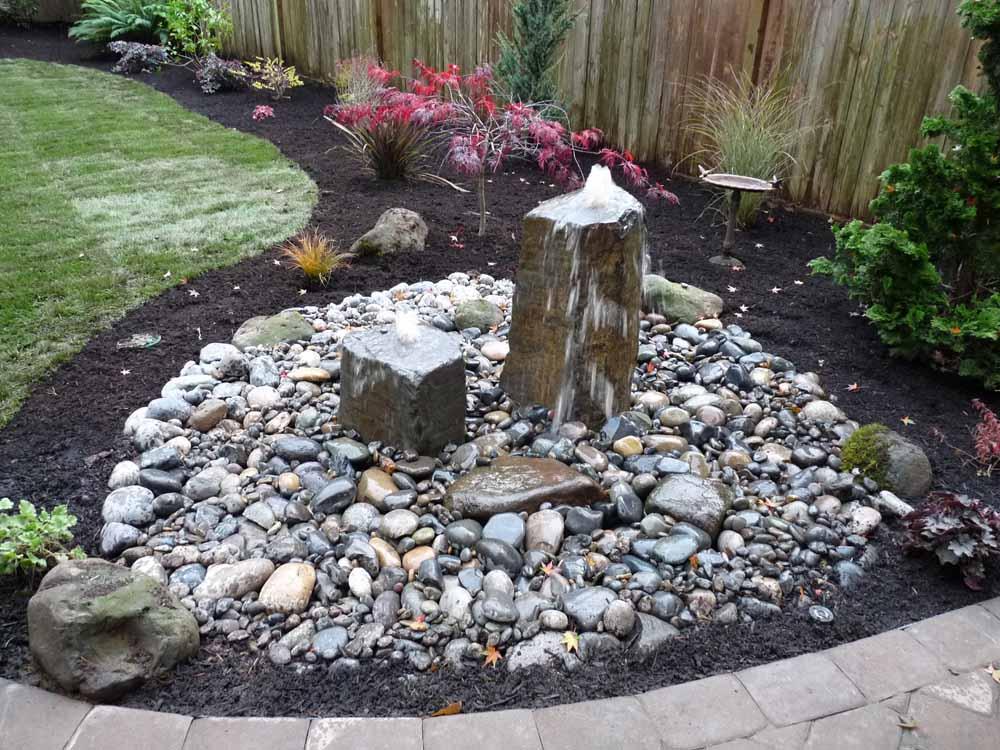 Full-landscape-projects-arthur-project-fall-2009-rock-bubbler-fountain-back-yard 002