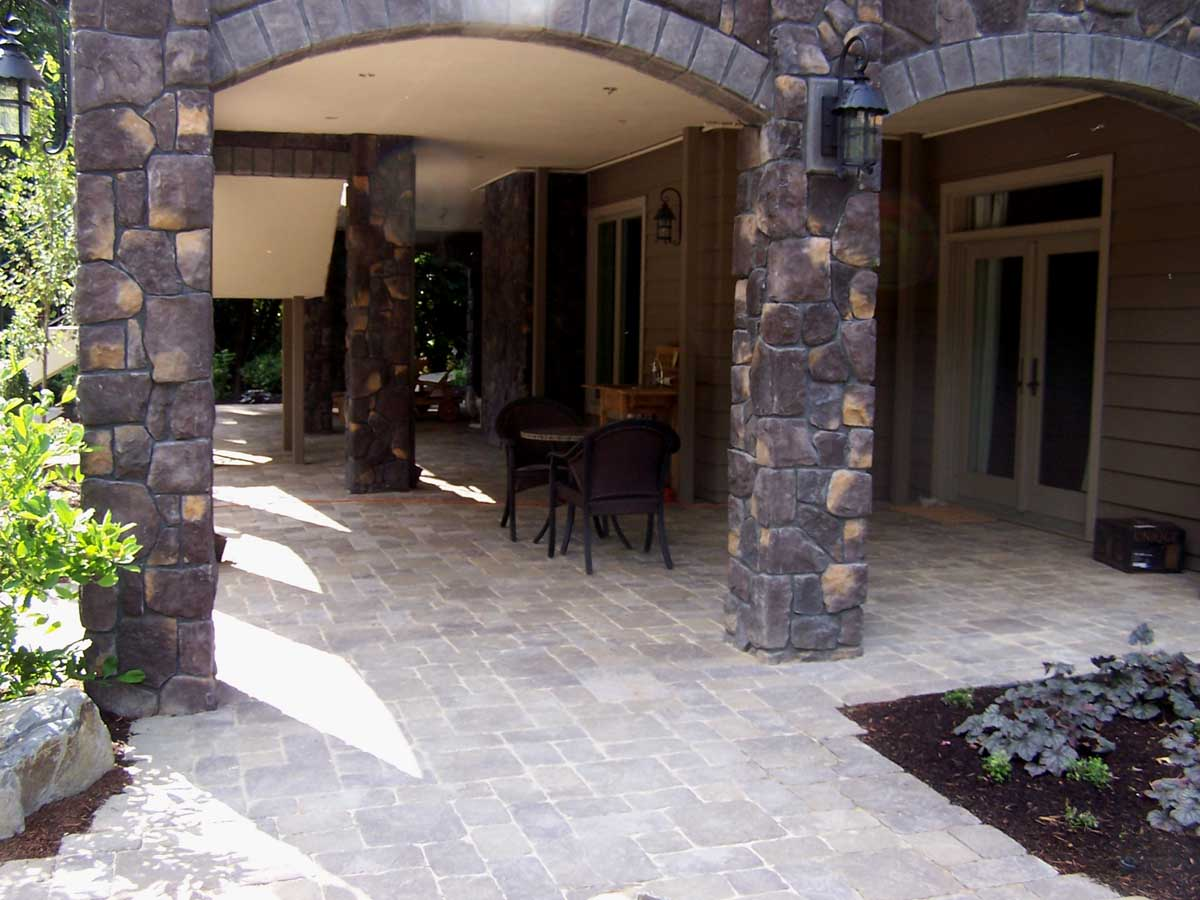 Full-landscape-projects-malone-project-2008-paver-patio-under-deck 000