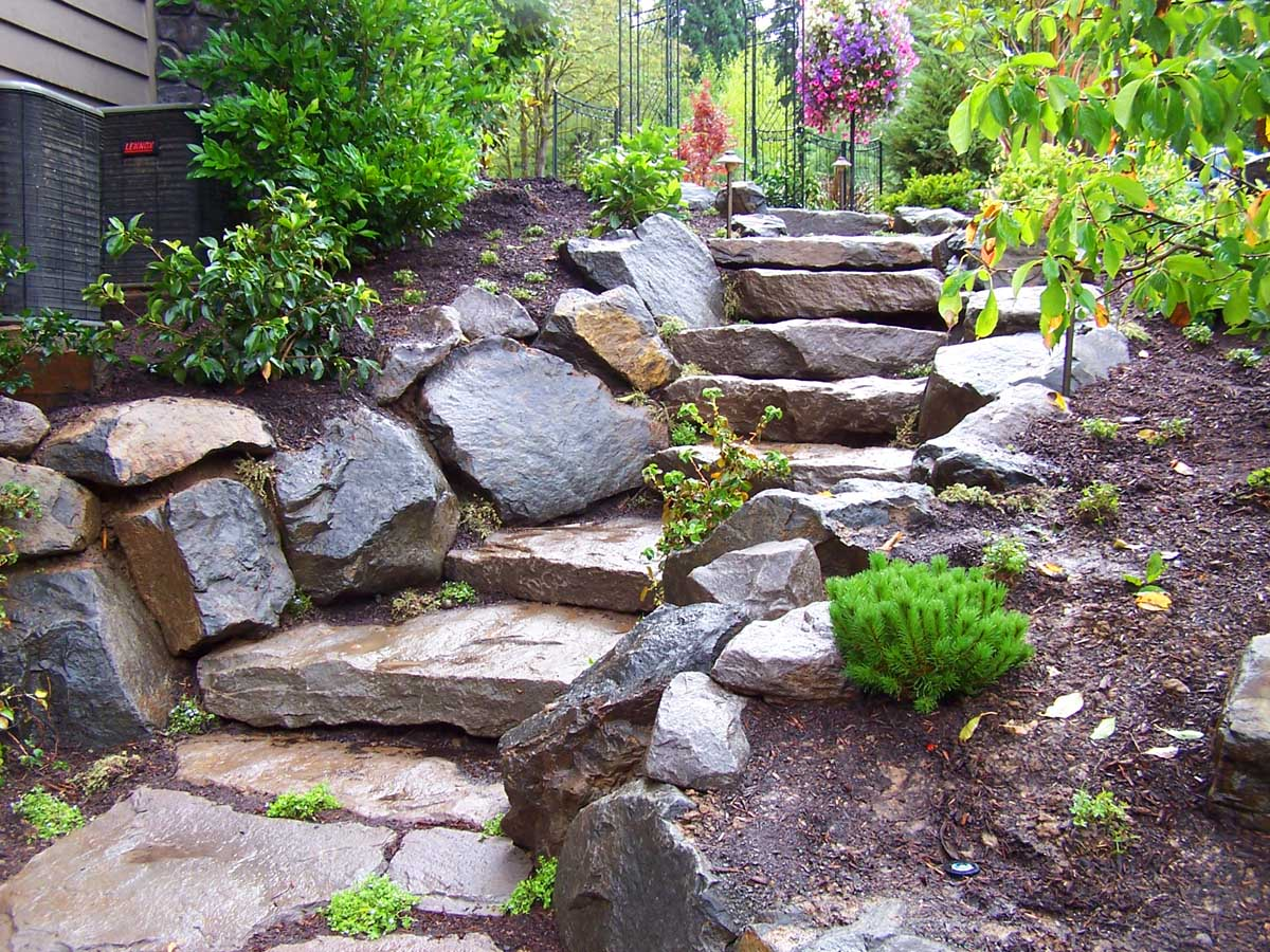 Full-landscape-projects-malone-project-2008-rock-slab-steps-going-down-to-back-yard 000