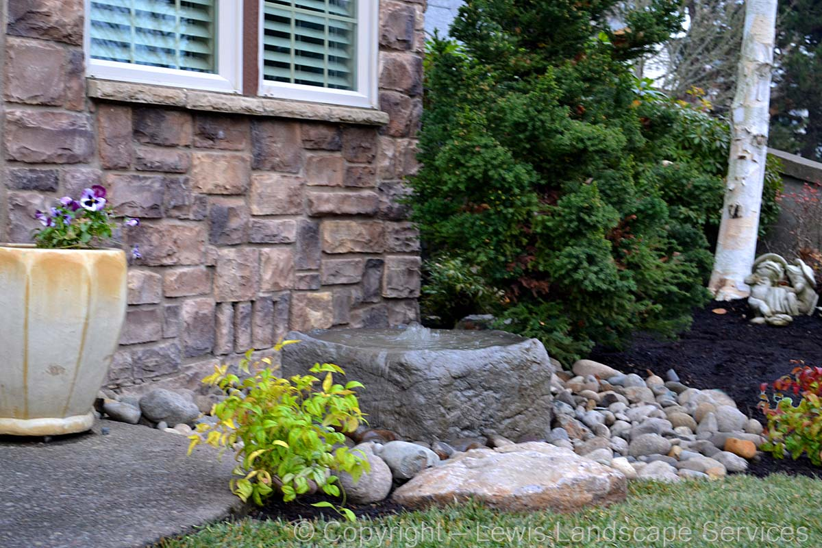 Rock Bubbler Water Fountain
