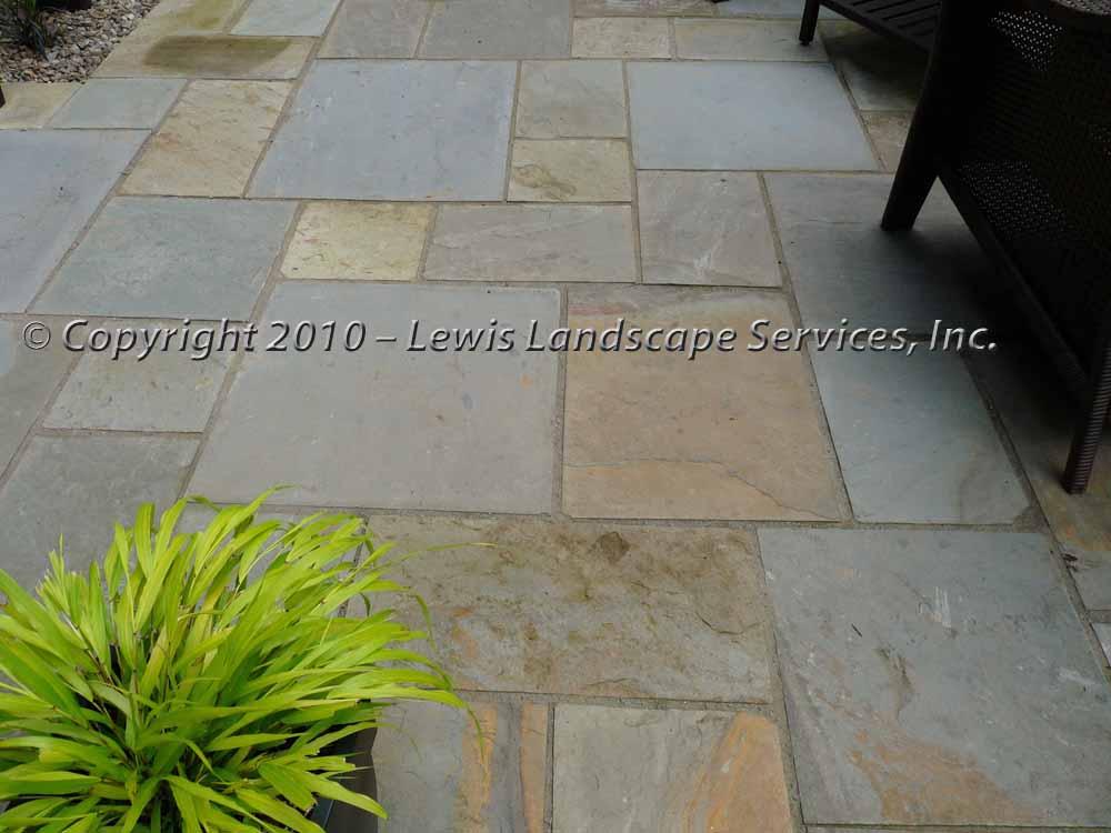 Full-landscape-projects-ruskay-project-spring-2010-bluestone-patio 004