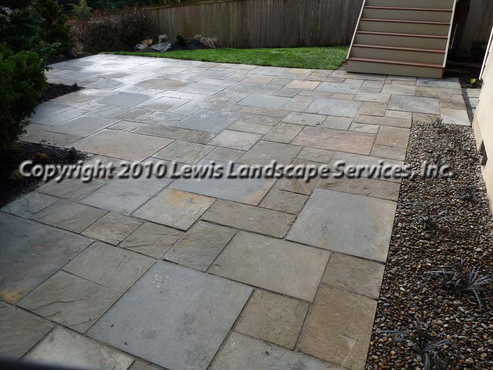 Full-landscape-projects-ruskay-project-spring-2010-bluestone-patio 005