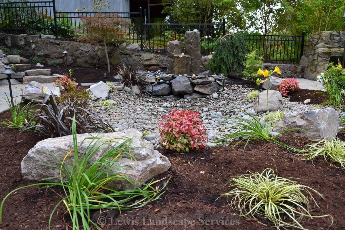 Full-landscape-projects-shanaberger-project-summer-15-back-yard-hardscape-landscape 006