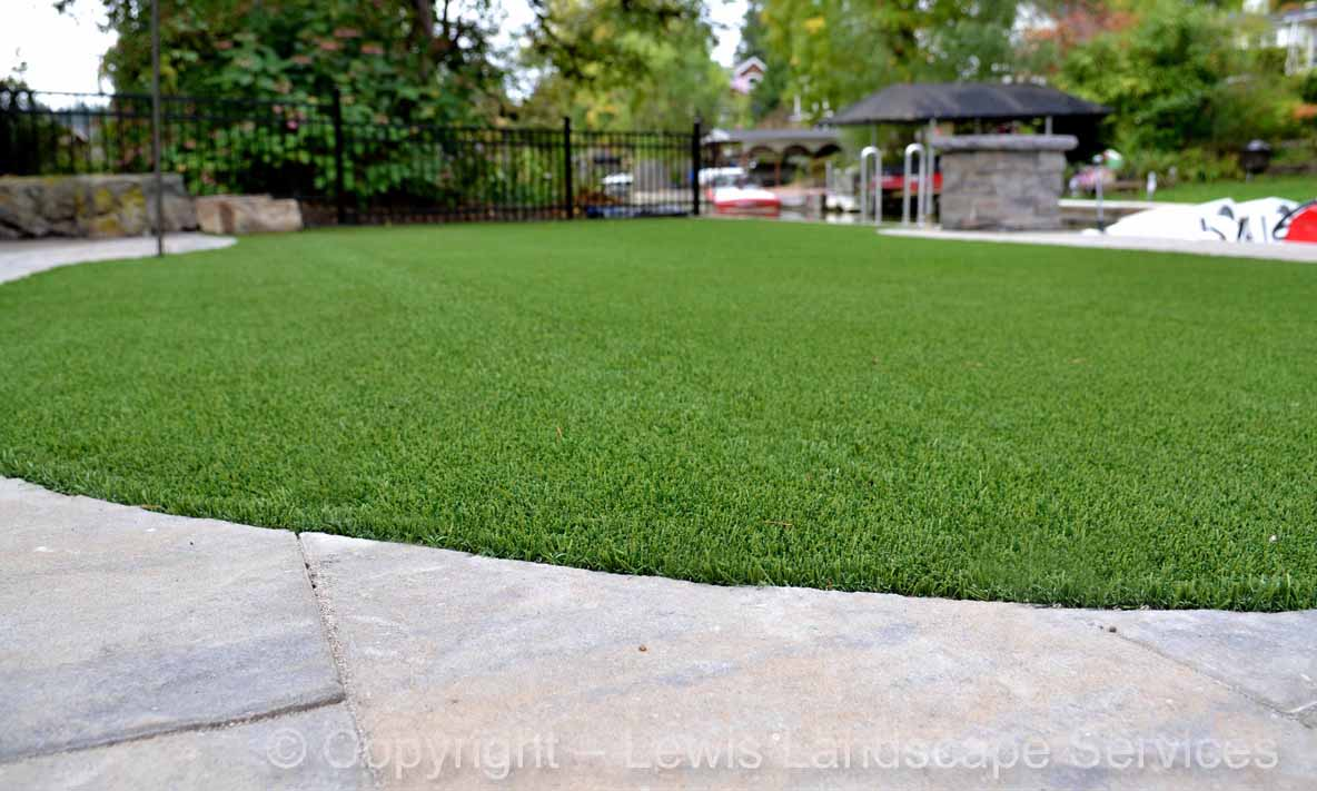 Full-landscape-projects-shanaberger-project-summer-15-synthetic-turf 003