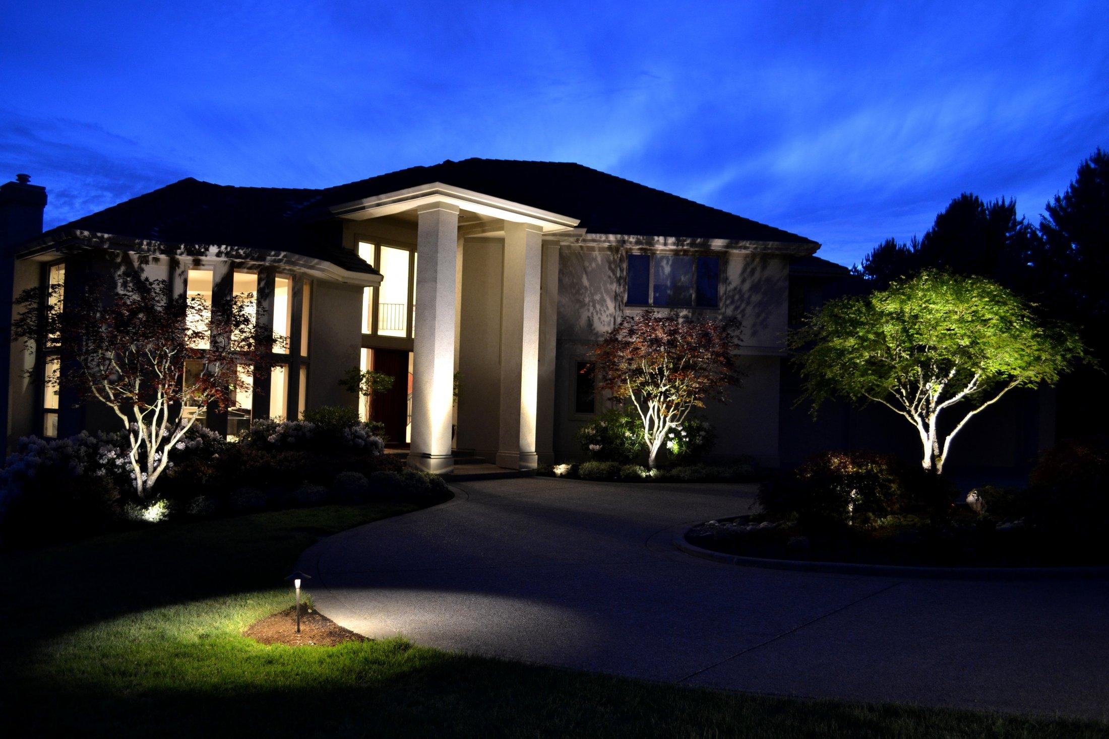 Award Winning Architectural & Landscape Lighting